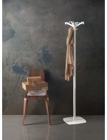 Quadrangolo coat stand