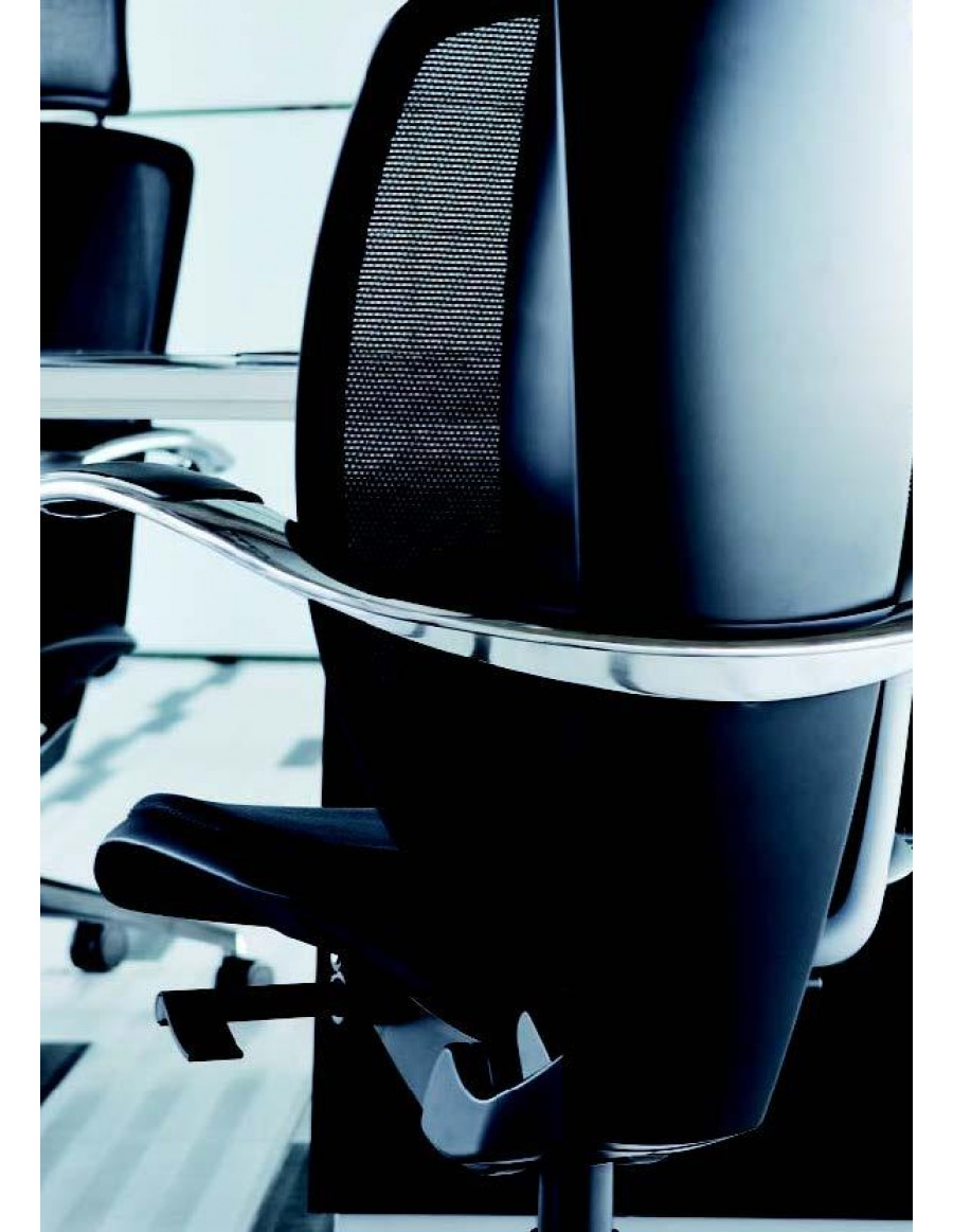 Xten executive chair by AresLine