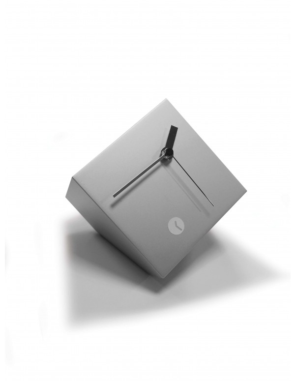 Tothora box silver clock