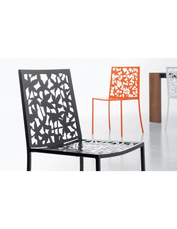 Papeete kovinski stol