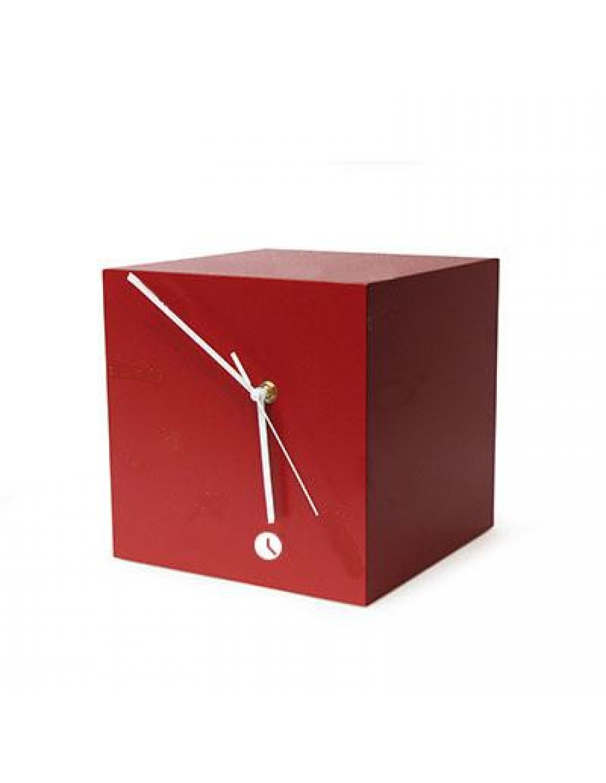 namizna ura Quadra, lakirana rdeče