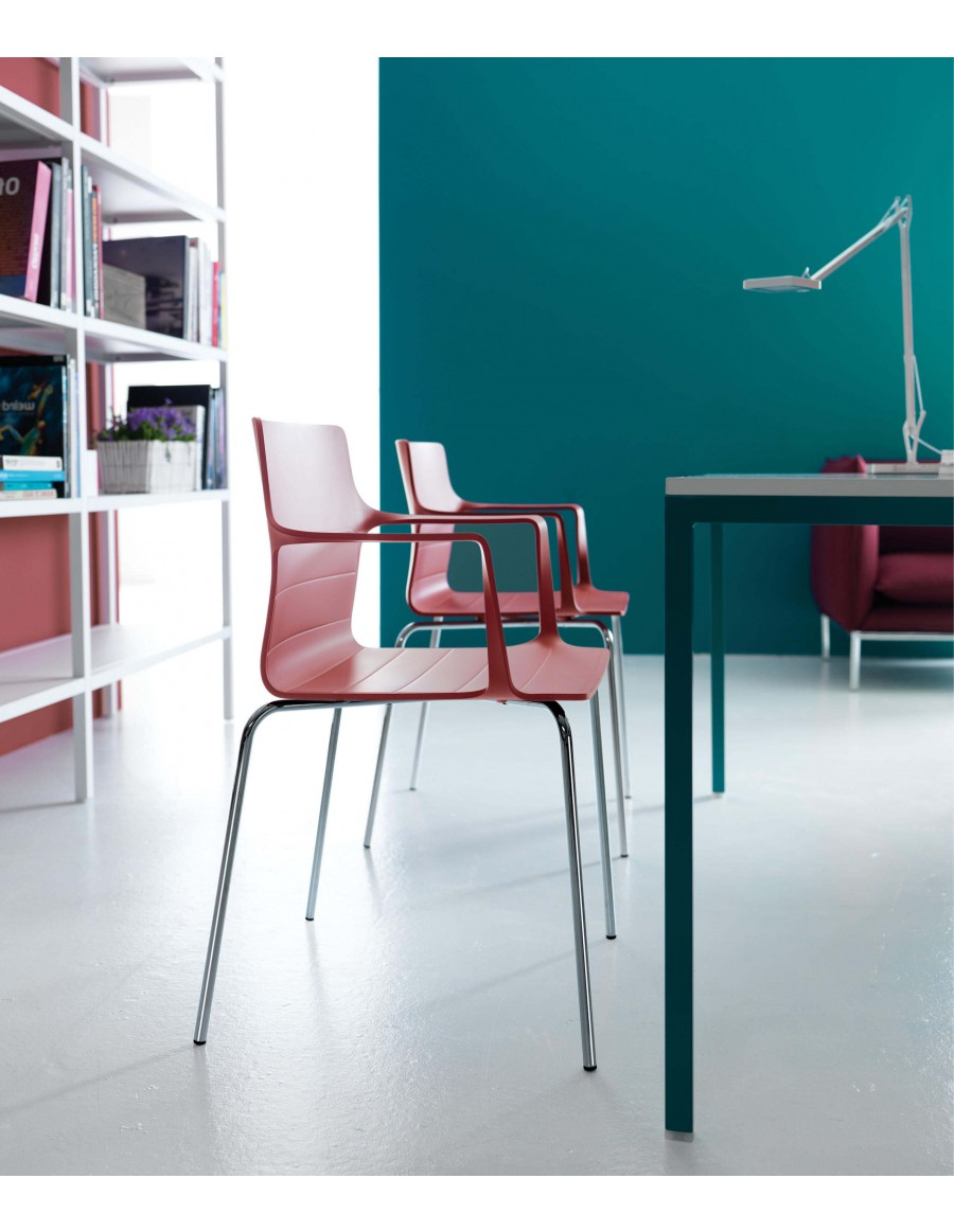 Kelly chair | Marsala shell, chromed base