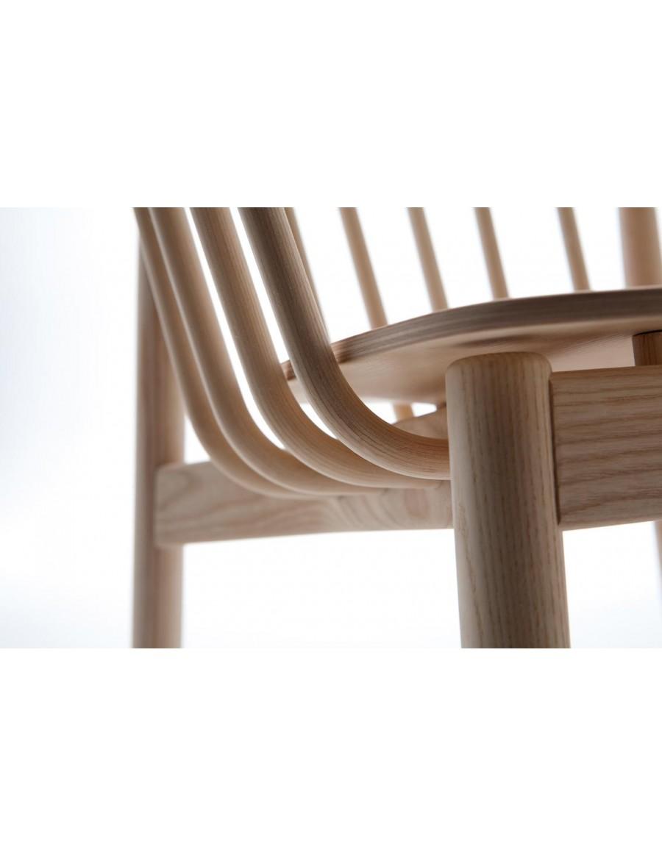 Tivoli armchair detail