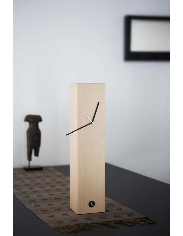 Totem namizna ura, bukev natur
