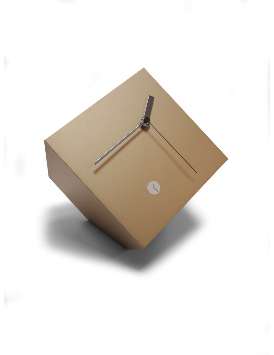 Tothora box gold clock