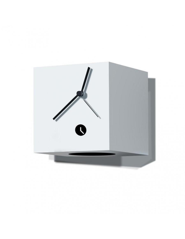 stenska ura, lakirana belo