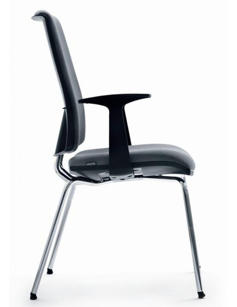 Zero 7 Waiting chair, by AresLine